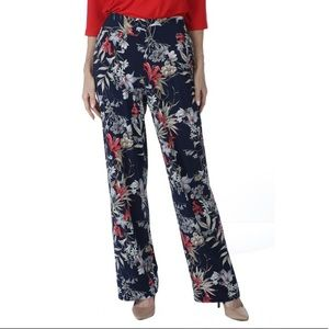 2/$20 Kim & Co Brazil Knit Floral Relaxed Pants
